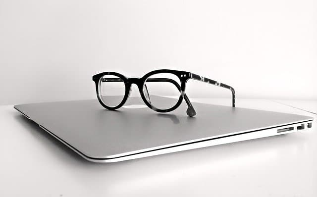 macbook-megane